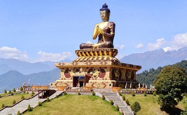 Sikkim, India, Memiliki Universitas Buddhis