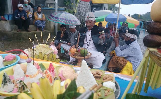 Merasakan Atmosfer Majapahit di Kampung Thintir