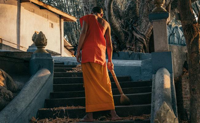5 Alasan Meninggalkan Agama Buddha