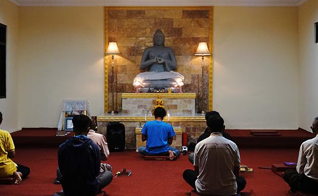 Menemani Semangat Umat Buddha Dusun Jambe Menyambut Waisak 2021
