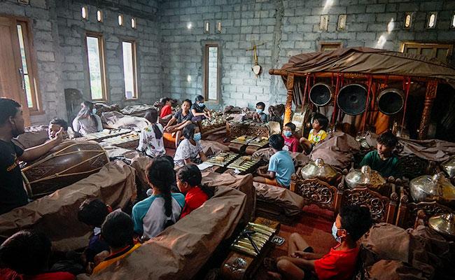Laras Tetabuhan Gamelan di Dusun Krecek