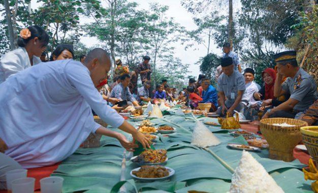 Nyadran: Mozaik Indonesia dari Desa
