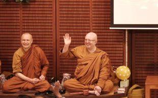 Peluncuran Buku Iringi Peringatan 70 Tahun Ajahn Brahm
